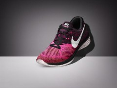 SP15_BSTY_RN_Flyknit_Lunar3_698182_002_Front_3Qtr_081.jpeg_native_600